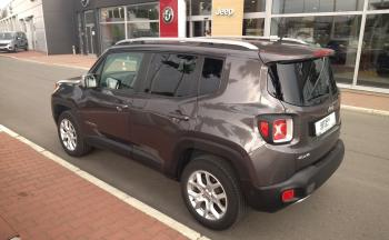 Jeep Renegade - 12