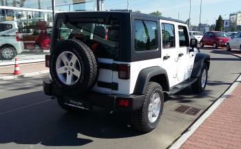 Jeep Wrangler UNLIMITED SPORT 2,8 CRD A5 200 - 3