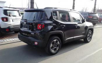 Jeep Renegade 1.6i 110KM Longitude - 3